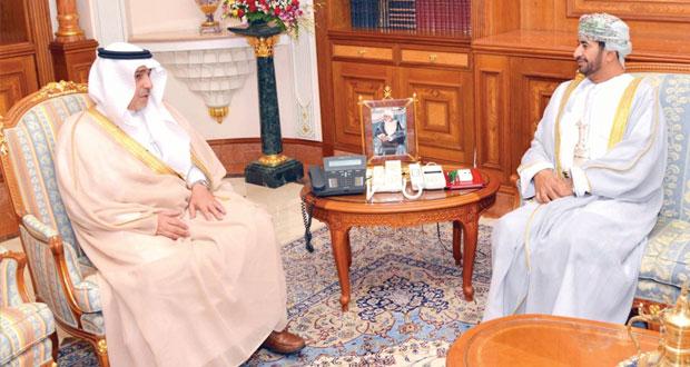 وزير ديوان البلاط السلطاني يستقبل سفراء السعودية وقبرص وروسيا