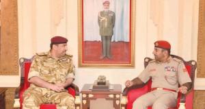 مطر البلوشي يستقبل قائد كلية أحمد بن محمد العسكرية بقطر