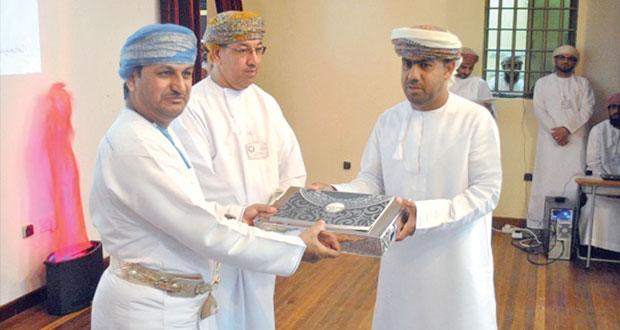 الشحي يرعى احتفال يوم المعلم بمحافظة مسندم