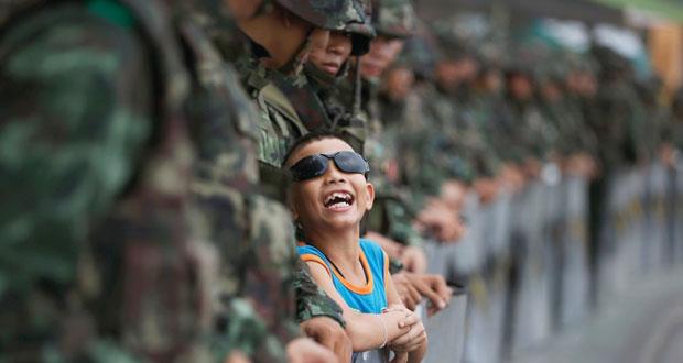 تايلاند: الجيش يتحدث عن مصالحة وإصلاح خلال عام