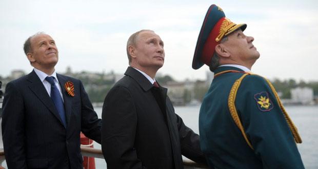 موسكو تُحي ذكر النصر من (القرم).. وعشرات القتلى باشتباك (انفصالي) شرق أوكرانيا