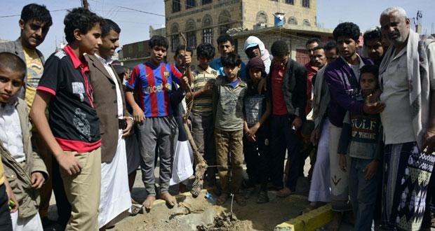 اليمن ينفي تعرض وزير الدفاع لإطلاق نار وناسفة تصيب 11 شرطيا