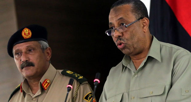 ليبيا: عملية ضد المسلحين في بنغازي والحكومة تراها انقلابا