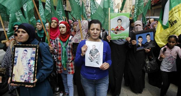 """"""" جمعة غضب"""" فلسطينية تضامنا مع أسرى الأمعاء الخاوية .. ودعوات لحراك عربي ودولي لإنقاذهم"""