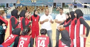 منتخبنا يخسر من البحرين ويلاقي الإمارات في ختام خليجي فتيات السلة