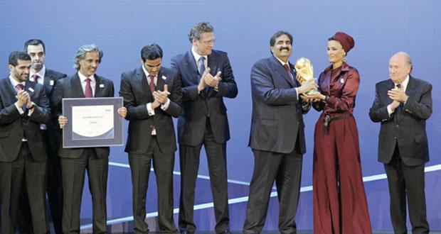 """بلاتر : حصول قطر على شرف استضافة مونديال 2022 """"خطأ"""""""