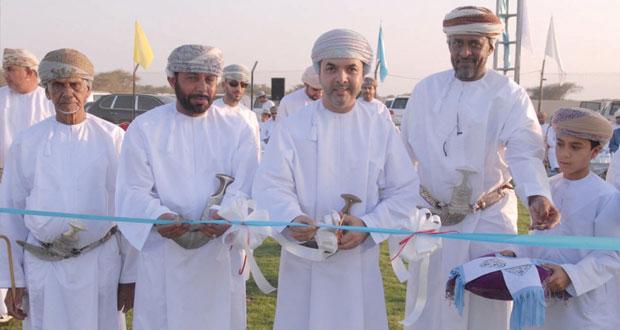 بنك مسقط يحتفل بافتتاح الملعب المعشب الجديد لفريق النجوم بولاية الخابورة