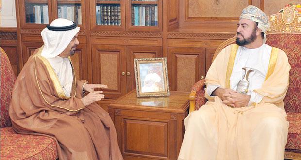 أسعد بن طارق يودع السفير الإماراتي