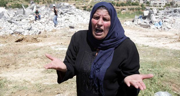 الفلسطينيون يدشنون (حريات المصالحة) والاحتلال يسلم حماس رفات مقاومين