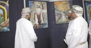 التراث والثقافة تكرم فناني مرسم الشباب بمحافظة شمال الباطنة