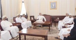 وزير العدل يلتقي بأعضاء مجلس إدارة جمعية المحامين العمانية