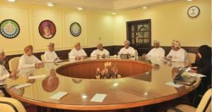 المجلس الأعلى للتخطيط والغرفة يبحثان التصورات والرؤى لمشروع المنطقة اللوجستية بمحافظة جنوب الباطنة