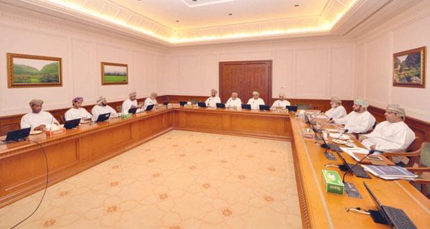 اللجنة الخاصة بدراسة التشريعات المنظمة للأيدي العاملة الوافدة تناقش آثار الهروب والحلول المقترحة للحد منها