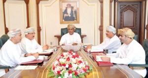 مجلس المناقصات يسند عددا من المشاريع بأكثر من 22 مليون ريال عماني