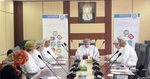 لجنة التعليم بفرع الغرفة بشمال الباطنة تبحث تسهيل إجراءات الاستثمار والجودة في التعليم