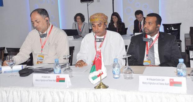 السلطنة تشارك في فعاليات الندوة الدولية للأسواق السمكية بالمغرب