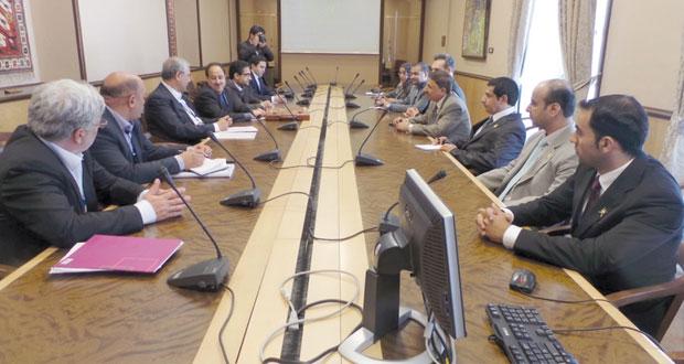 البكري يستعرض مجالات التعاون مع وزير العمل الإيراني