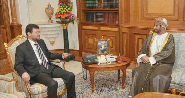 خالد بن هلال يستقبل سفيري فلسطين وأميريكا