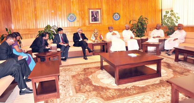 الغرفة تناقش الفرص الاستثمارية وإمكانية التعاون مع النيبال