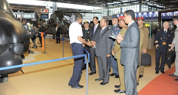 بدر بن سعود يحضر مراسم افتتاح معرض معدات الدفاع (يورو ساتوري) لعام 2014م بفرنسا