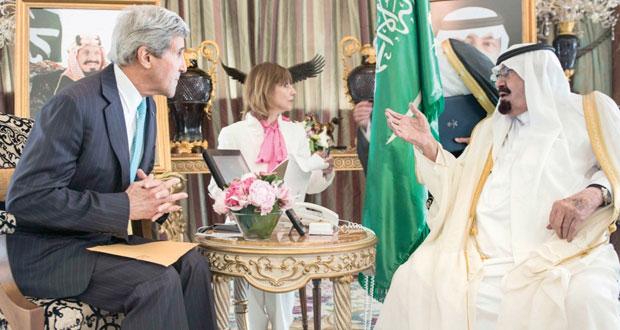 كيري يدعو مسلحي سوريا لمساعدة العراق بمواجهة داعش