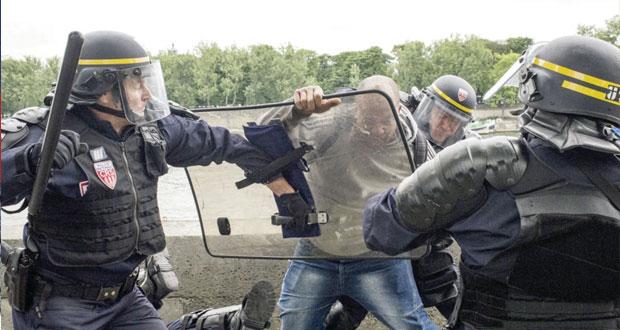 البرلمان الفرنسي يناقش قانون إصلاح قطاع السكك الحديد على وقع إضراب عمالي