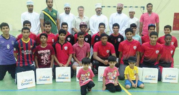 نادي مسقط يكرم أبطال دوري الناشئين لكرة اليد