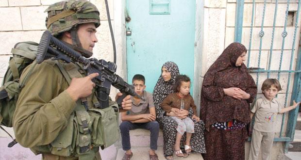 متذرعا بـ(المستوطنين) الغائبين .. الاحتلال يشن حملة قمع على الفلسطينيين وأميركا تبارك
