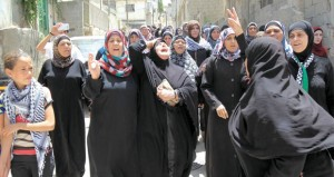 """عباس يشكل لجنة لمساندة """" الأمعاء الخاوية """""""