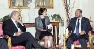 بدر بن سعود يجتمع بوزير الدفاع الفرنسي