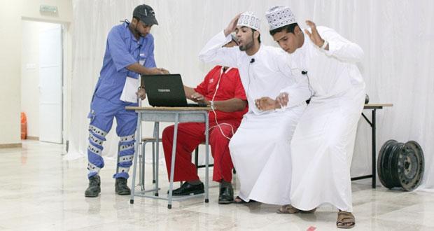 الصمود المسرحية تستعرض قضايا المعاق في قالب درامي اجتماعي من خلال مسرحية ( معاق ولكن)