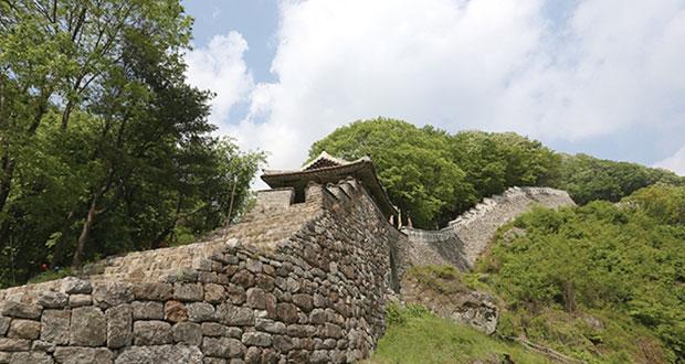 """قلعة جبلية كورية تنضم إلى قائمة """"اليونسكو للتراث العالمي"""""""