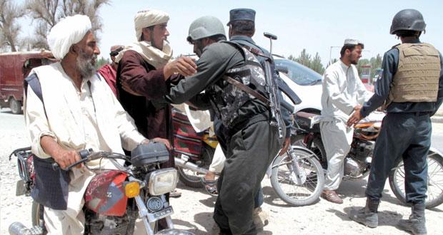 أفغانستان: معارك طاحنة بين الجيش والمئات من (طالبان)