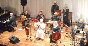"""سالم المقرشي يقدم """"سحر الشرق"""" في أمسية تنوعت في مفرداتها الفنية"""