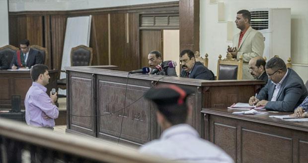 مصر تنفي وجود أي قواعد عسكرية أجنبية على أراضيها ومقتل 6 من الجيش على يد مهربي سلاح