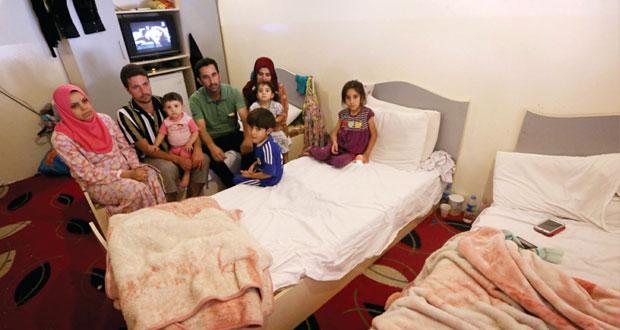 العراق: المسلحون يسيطرون على معظم الأنبار والجيش يتحدث عن (انسحاب تكتيكي)