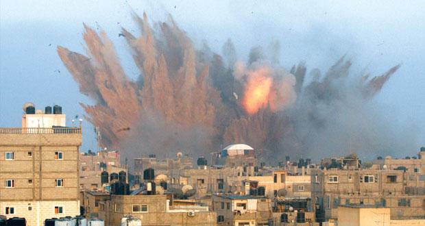 شهداء غزة يتجاوزون الـ100 وصواريخ المقاومة تهدد مطارات إسرائيل