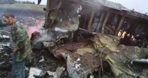 أوكرانيا: تحطم طائرة ماليزية تقل 295 راكبا