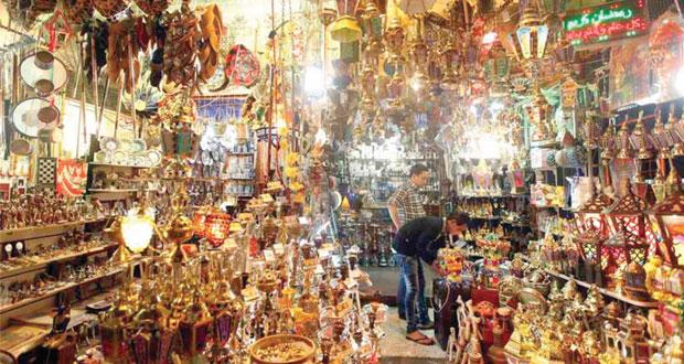 خان الخليلي متجر مصر السياحي في رمضان