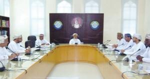 لجنة الأمن الغذائي بفرع الغرفة بالداخلية تناقش التصور الخاص بندوة الأمن الغذائي