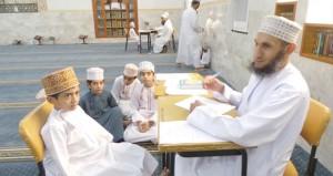 بدء التصفيات الأولية لمسابقة حفظ القرآن الكريم الثالثة عشرة بولاية الرستاق
