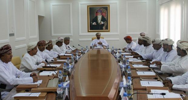 المجلس البلدي بالوسطى يناقش عددا من المواضيع الهامة بالمحافظة