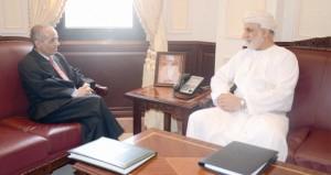 وزير العدل يتسلم رسالة من نظيره اليمني