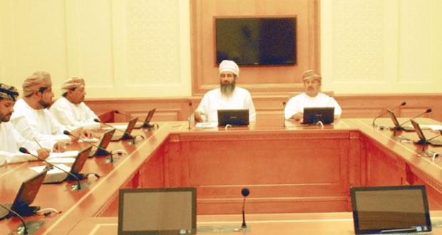 لجنة الامن الغذائي والمائي بالشورى تناقش تحديات الثروات الزراعية والحيوانية بالسلطنة