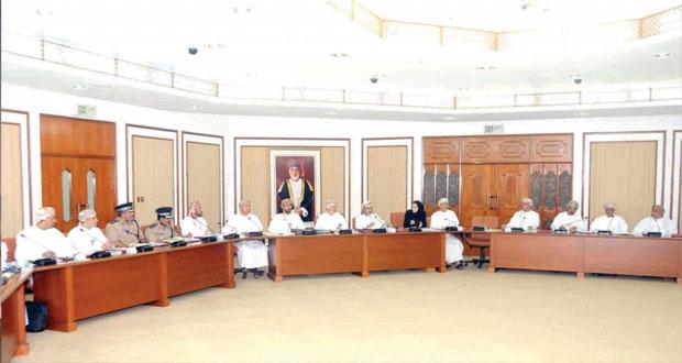 اجتماع تنسيقي لمناقشة استعداد الوزارات والهيئات الحكومية لاستقبال زوار موسم الخريف 2014م