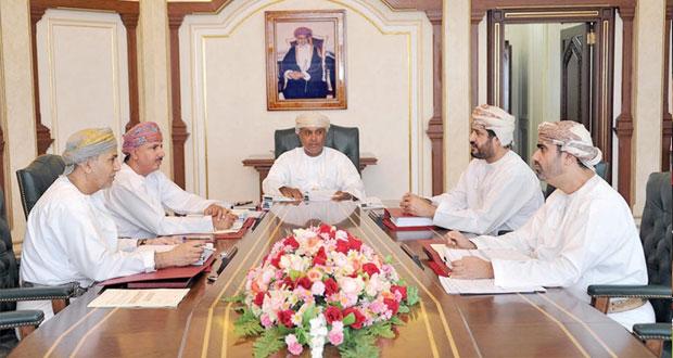 مجلس المناقصات يسند مشاريع وتوريدات بأكثر من 28 مليون ريال عماني
