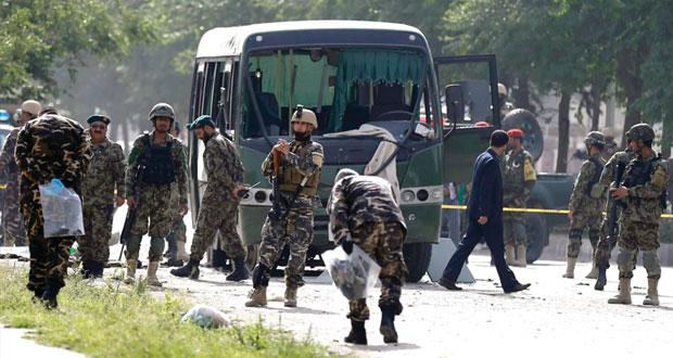 أفغانستان: عشرات القتلى والجرحى بهجومين أحدهما انتحاري