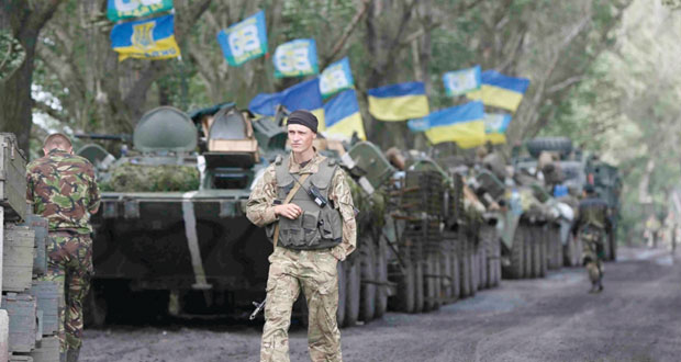 (الأوروبي) يرهن المساعدات لأوكرانيا بالإصلاحات.. وكييف تشترط إلقاء السلاح للتفاوض مع الانفصاليين
