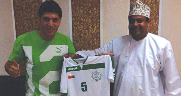 العروبة يتعاقد مع الأردني محمد أبو زريق