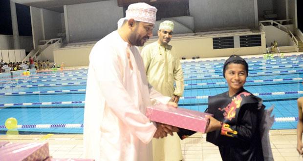 إشادة بمنتخب السباحة الطويلة والتوصية بتكريمه واستعراض ملاحظات الجمعية العمومية
